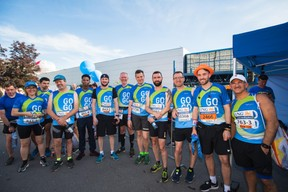 L'équipe de Tango était présente sur la ligne de départ pour la 14e édition de l'ING Night Marathon Luxembourg. ((Photo: Nader Ghavami))