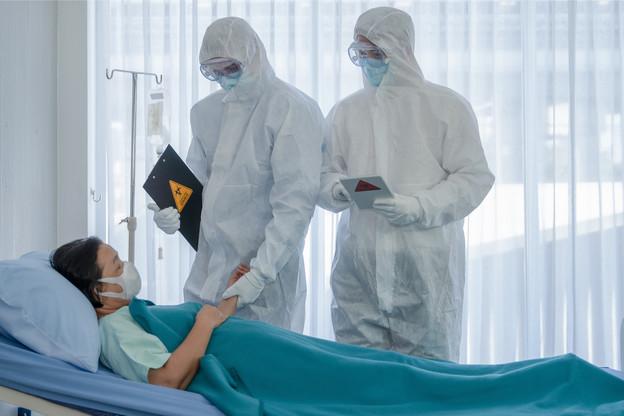 La courbe des hospitalisations repart fermement à la hausse. (Photo: Shutterstock)