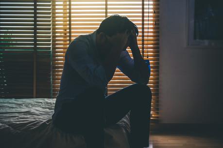 Le sentiment de bien-être des résidents a tendance à diminuer lorsque la courbe des infections au Covid-19 augmente, ainsi que lorsque des mesures de restriction sont prises dans la foulée. (Photo: Shutterstock)