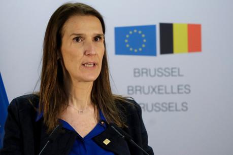 Sophie Wilmès a annoncé une série de mesures qui replongent les résidents belges dans les principes à respecter durant le confinement. (Photo: Shutterstock)