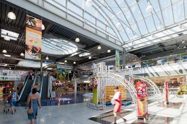 Leasinvest compte dans son portefeuille luxembourgeois de nombreux centres commerciaux, dont le Knauf de Schmiede avec 35.684m2 de surface. (Photo: Leasinvest)