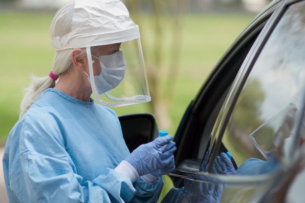 La pandémie a fait plus de 290.000morts dans le monde, selon un bilan établi par l'AFP. (Photo: Shutterstock)