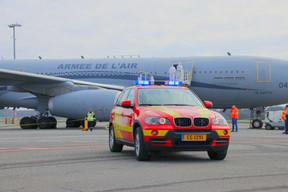 Prise en charge de six patients en réanimation depuis le Grand Est en France au Findel. (CGDIS)