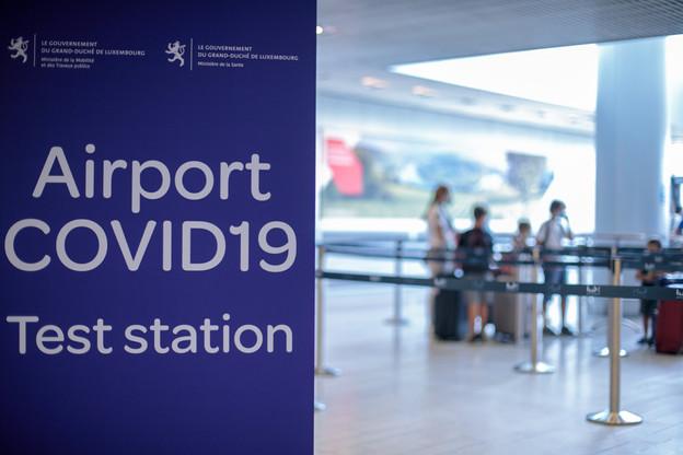 Durant la journée de samedi, 7.849 tests PCR ont été menés au Grand-Duché, notamment à l'aéroport de Luxembourg. (Photo: Matic Zorman/Maison Moderne)
