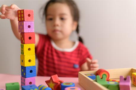 Seuls 30% des enfants admissibles trouvaient une place dans la crèche de la BEI ou une des crèches subventionnées. (Photo: Shutterstock)