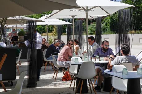 La plupart des licences de débits de boissons alcoolisées se partagent entre la Brasserie Nationale et la Brasserie de Luxembourg. (Photo: Romain Gamba/Maison Moderne/Archives)