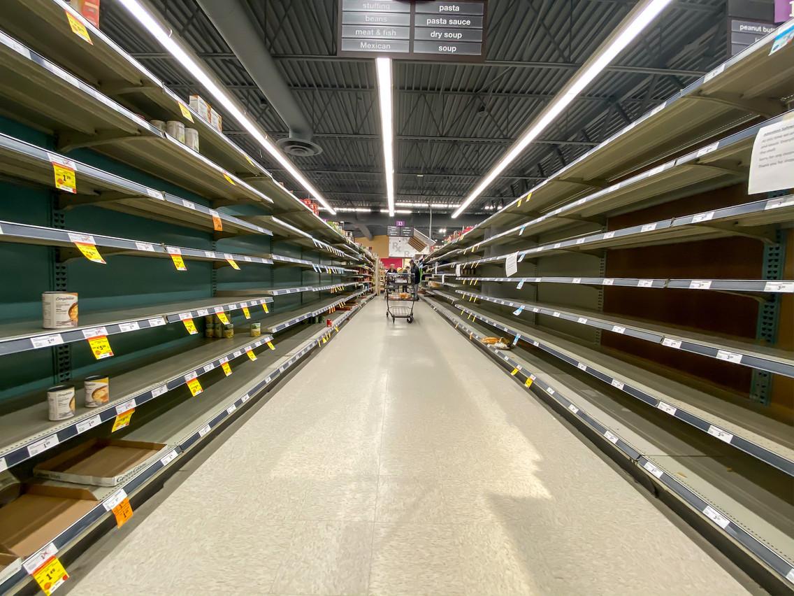 Les ventes de produits alimentaires ont augmenté de 35% en mars2020, par rapport à la même période l'année précédente. (Photo: Shutterstock)