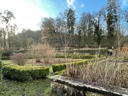 Le château de Birtrange dispose d'un jardin d'agrément. ((Photo: Croix-Rouge luxembourgeoise))