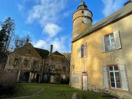 Le château de Birtrange, c'est un corps principal, mais aussi des bâtisses secondaires. ((Photo: Croix-Rouge luxembourgeoise))