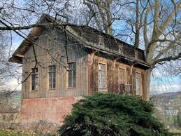 Cette construction annexe présente un revêtement en bois. ((Photo: Croix-Rouge luxembourgeoise))