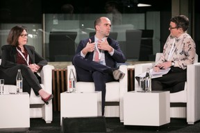 Sandra Crowl (Carmignac); Frédéric Hoogveld (Amundi); Katie Martin (Financial Times) ((Photo: Nelson Coelho / @nelsoncoelhofilms))