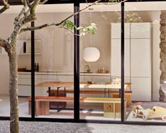 Nos éléments de mobilier concilient esthétique et praticité au quotidien.  (bulthaup)