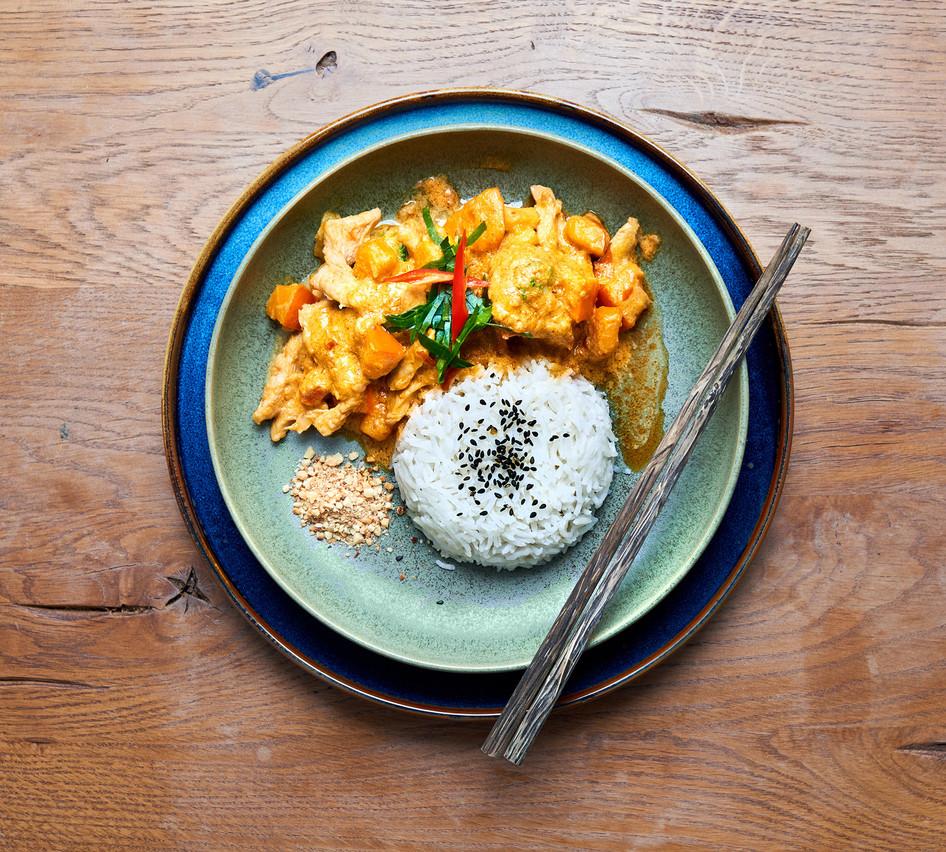 Curry panang de poulet et potiron (Photo: Andres Lejona/Maison Moderne)