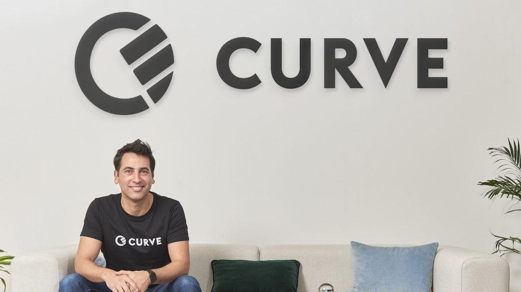 Le CEO de Curve, Shachar Bialick, veut transformer 36 manières de payer en une seule. La sienne. (Photo: Curve)
