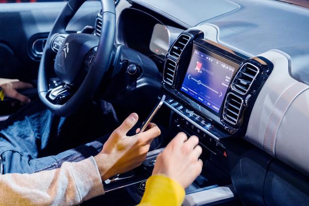 Le Luxembourg veut déployer la radio numérique pour le printemps 2021. Une phase d'étude a démarré le 18 septembre et durera trois mois. Plusieurs radios du pays participent, comme RTL. (Photo: Shutterstock)