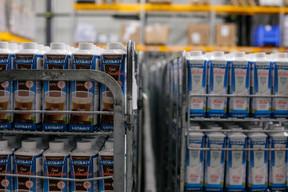 Classique ou chocolaté, le lait se décline dans l'usine de Mersch. ((Photo: Matic Zorman / Maison Moderne))