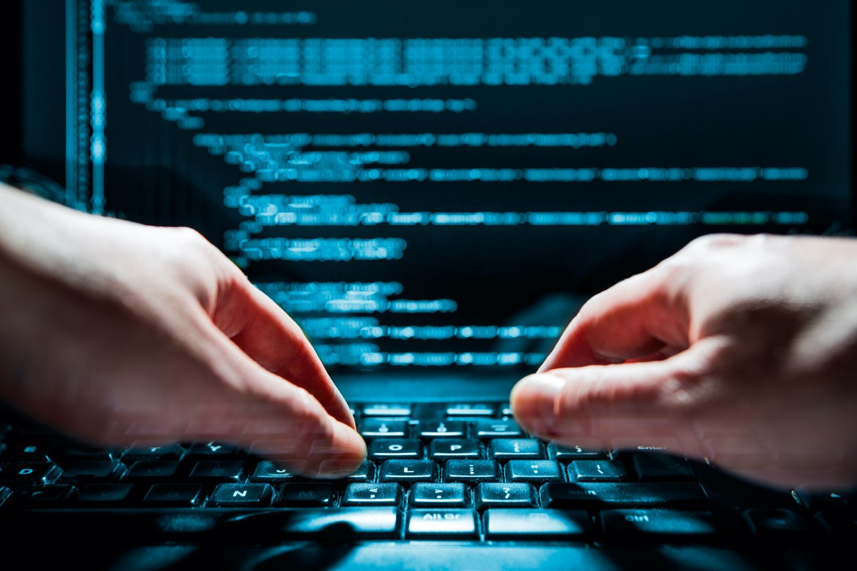 In February, data from Cerba laboratories were found for sale on a forum and patients, individually warned, joined together to assert their rights. In July, the laboratory admitted to a new cyber attack due to a faulty service provider. (Photo: Shutterstock)