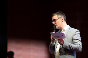 JulienDelpy, directeur du PaperjamClub, a introduit la soirée. ((Photo: Patricia Pitsch/Maison Moderne))