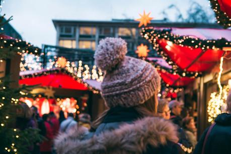 Cette année, plusieurs marchés de Noël passent en mode digital. Tour d'horizon chez nos voisins. (Photo: Shutterstock)