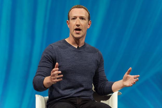 Acculés par le régulateur irlandais, MarkZuckerberg et Facebook invoquent désormais… le RGPD, pour justifier le transfert de données européennes aux États-Unis. Ils gagnent du temps alors qu'ils sont sous la menace des autorités antitrust américaines. (Photo: Shutterstock)