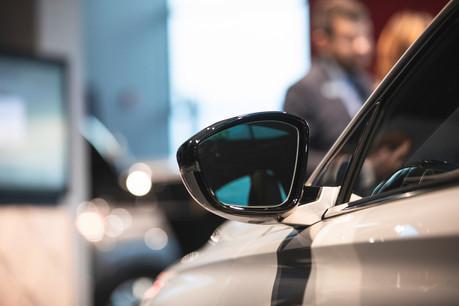 La première inquiétude est financière. Pour pouvoir toucher les 2.500 euros à 8.000 euros de prime pour l'achat d'un véhicule électrique ou hybride, une des conditions est d'immatriculer le véhicule avant le 31 décembre2021.  (Photo: Léo Biewer/Maison Moderne)