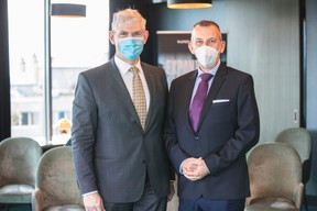 Reinhard Krafft (Merck Finck) and Jim Kent (Maison Moderne) ((Photo: Marc Blasius/Maison Moderne))