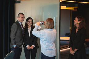 Jim Kent (Maison Moderne) , Sally Lu (FTA Communication Technologies) et Elisa Petrone (Bonn Steichen & Partners) ((Photo: Léo Biewer/Maison Moderne))