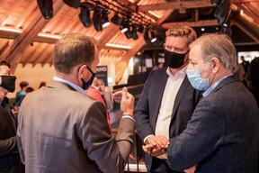 Stéphane Compain (LuxRelo) à gauche et Andrew Notter (Anderson Wise) au centre ((Photo: Jan Hanrion/Maison Moderne))