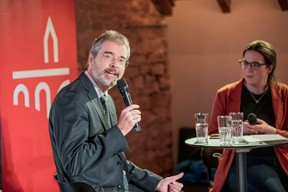 Nobby Brausch (Spuerkeess) et Cordula Schnuer (Maison Moderne) ((Photo: Jan Hanrion/Maison Moderne))