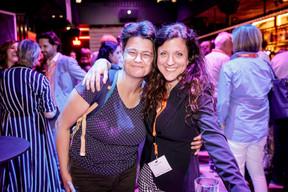 Irina Holzinger (Indépendant) et Wendy Winn (Radio ARA) ((Photo: Jan Hanrion / Maison Moderne))
