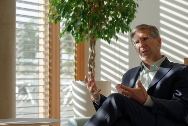 Bob Moritz talking to Delano and Paperjam at PwC's Luxembourg headquarters on Wednesday 22 May. Matic Zorman