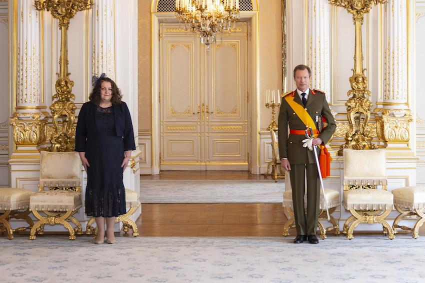 001-son-excellence-madame-fleur-louise-thomas-ambassadeur-extraordinaire-et-plenipotentiaire-du-royaume-uni-de-grande-bretagne-et-irlande-du-nord.jpg