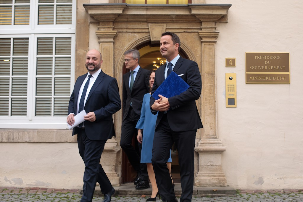 Xavier Bettel with Étienne Schneider, Félix Braz and Corinne Cahen on their way to a press conference to unveil the outline of the new government's policy programme on Thursday 29 November. Matic Zorman