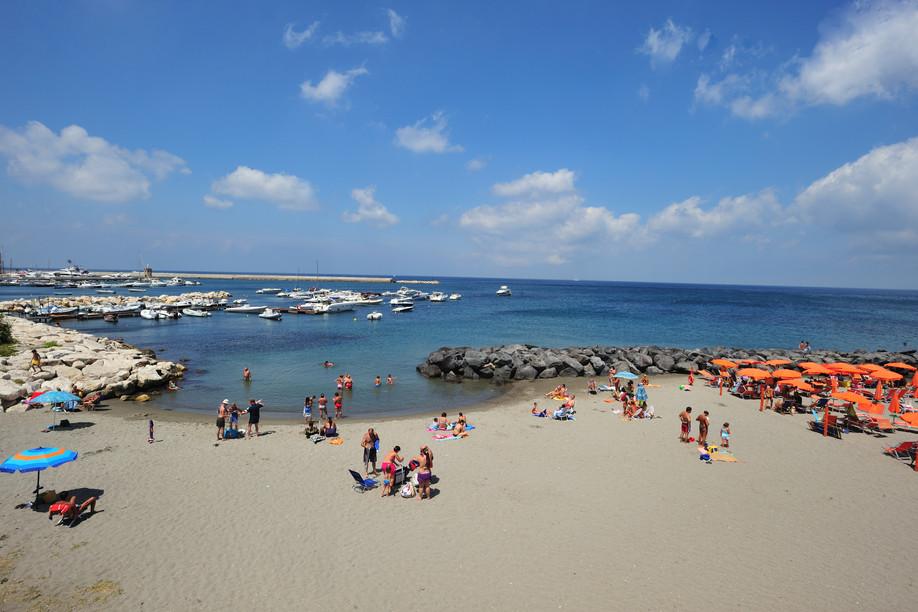 naples_casamicciola_beach_gino_cianci.jpg