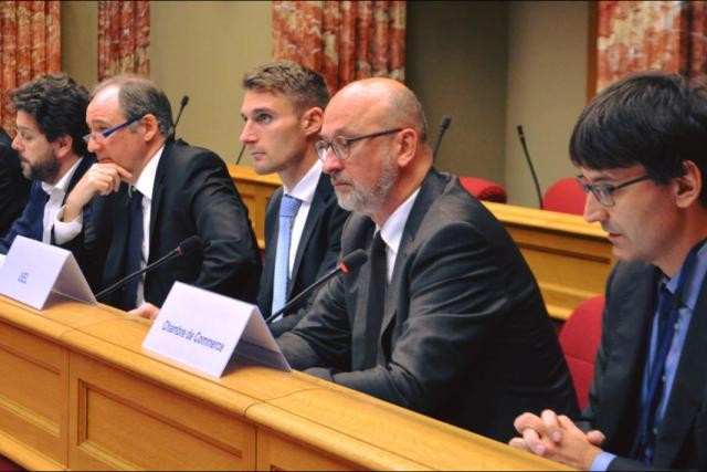 Around 40 people representing employers, trade unions and civil society gathered in Luxembourg's parliament on Thursday to follow-up on the Rifkin report. Chamber of Deputies
