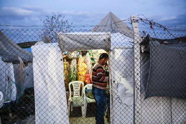 a_camp_hosting_syrian_refugees_in_turkey_10_february_2016_european_parliament.jpg
