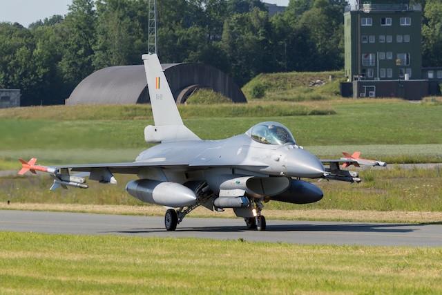 belgian_air_force_f-16_florennes_airbase_shutterstock_1056396149_web.jpg