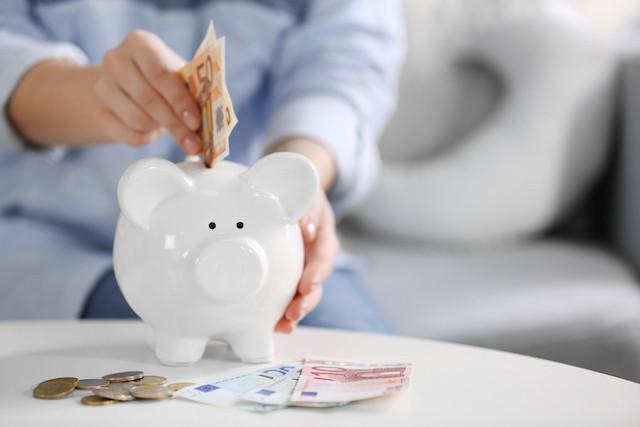 savings-shutterstock.jpg