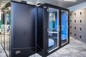 Des salles isolées offrent des espaces de concentration. ((Photo: Nader Ghavami))
