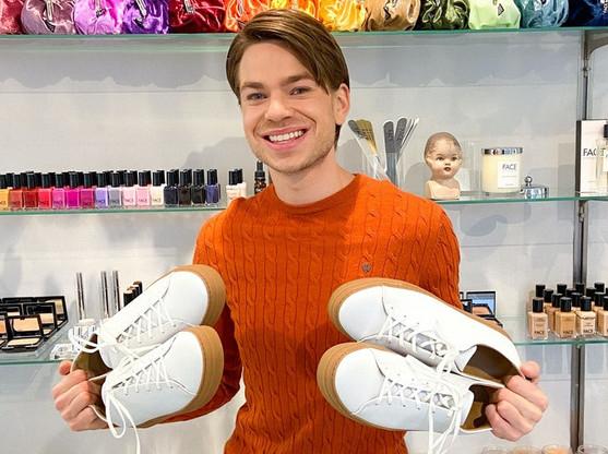 Le CEO de Our Choice Fashion, Filip Westerlund, n'a mis que 15 heures pour atteindre l'objectif de financement participatif des premiers sneakers entièrement recyclables. (Photo: Our Choice Fashion)