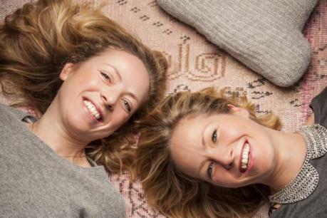 Isabelle Marinov et Runa Egilsdottir aiment les matières douces et nobles (Photo: Julien Becker )