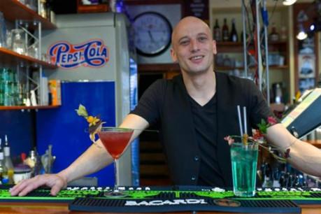 Philippe About aime raconter des histoires avec les cocktails qu'il crée. (Photo: Sven Becker)