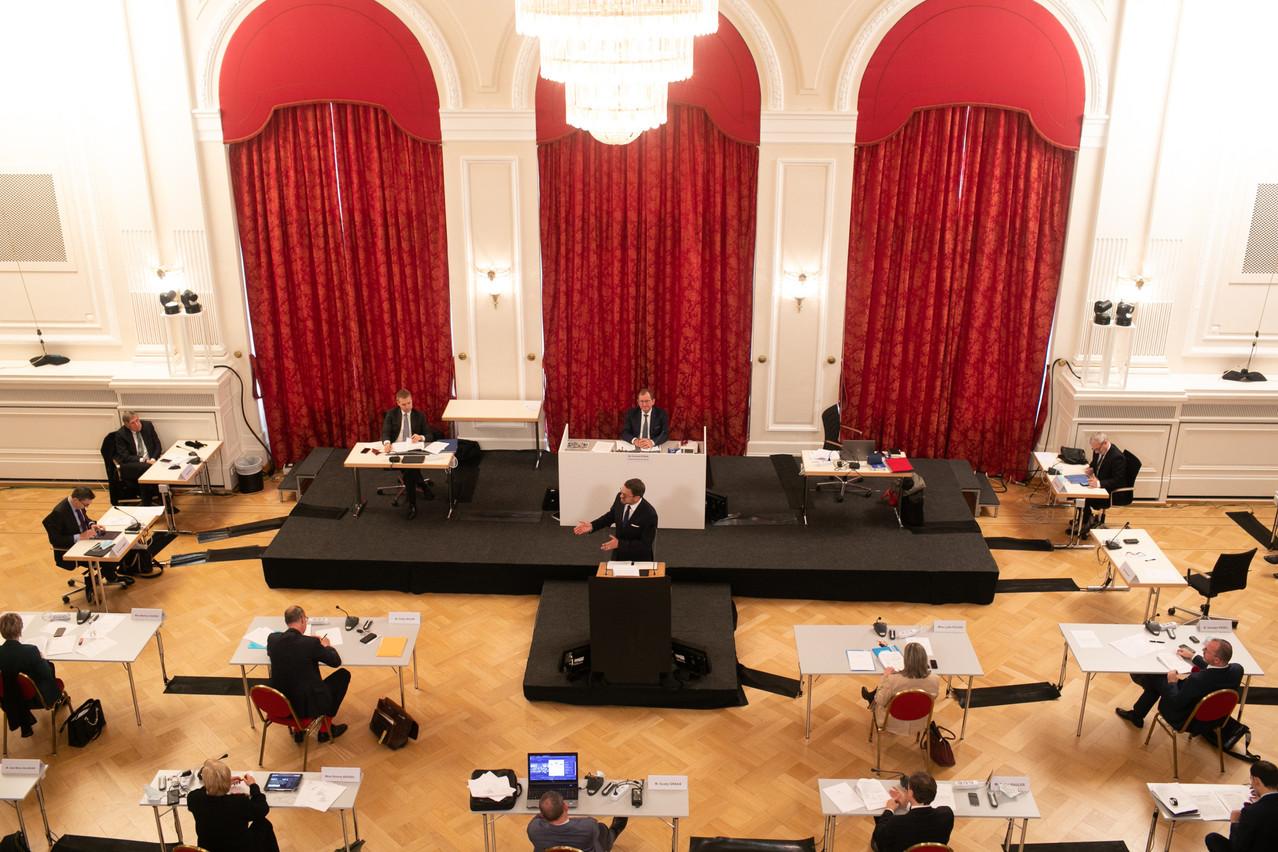 Après le discours du Premier ministre et les premières réactions à chaud mardi, viendra le temps du débat à la tribune de la Chambre mercredi. (Photo: Matic Zorman/Maison Moderne)