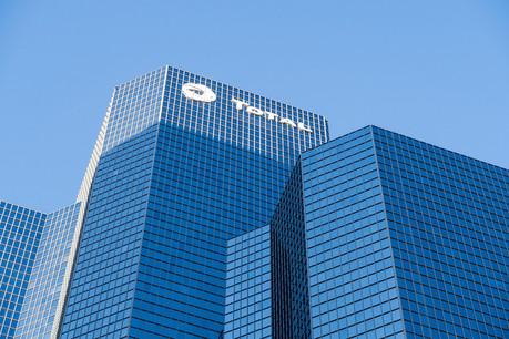 Total, le plus gros distributeur de dividendes, devrait, contrairement à la plupart des entreprises du SBF120, continuer à verser, comme prévu, une rétribution trimestrielle de 0,68 euro par action, malgré la baisse des cours du pétrole. (Photo: Shutterstock)