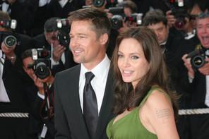 2008. Le temps des jours heureux: Brad Pitt et Angelina, ici à Cannes, découvrent le Château de Miraval qu'ils loueront trois ans de suite avant de l'acheter pour 35 à 55millions d'euros. Un domaine au cœur de leur divorce aujourd'hui. (Photo: Shutterstock)