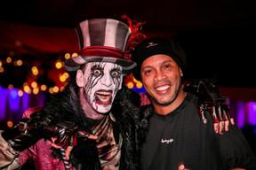 Ronaldinho à droite ((Photo: Bor Zoltan))