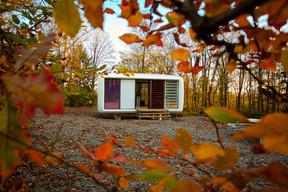 The Loft Cube, a creation of the German designer Werner Aisslinger. Domaine de Ronchinne