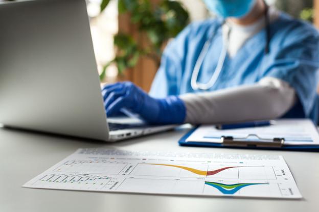 Les données des patients ne sont pas gardées 10 ans dans le cadre du dépistage du Covid-19, assurent les ministres. (Photo: Shutterstock)
