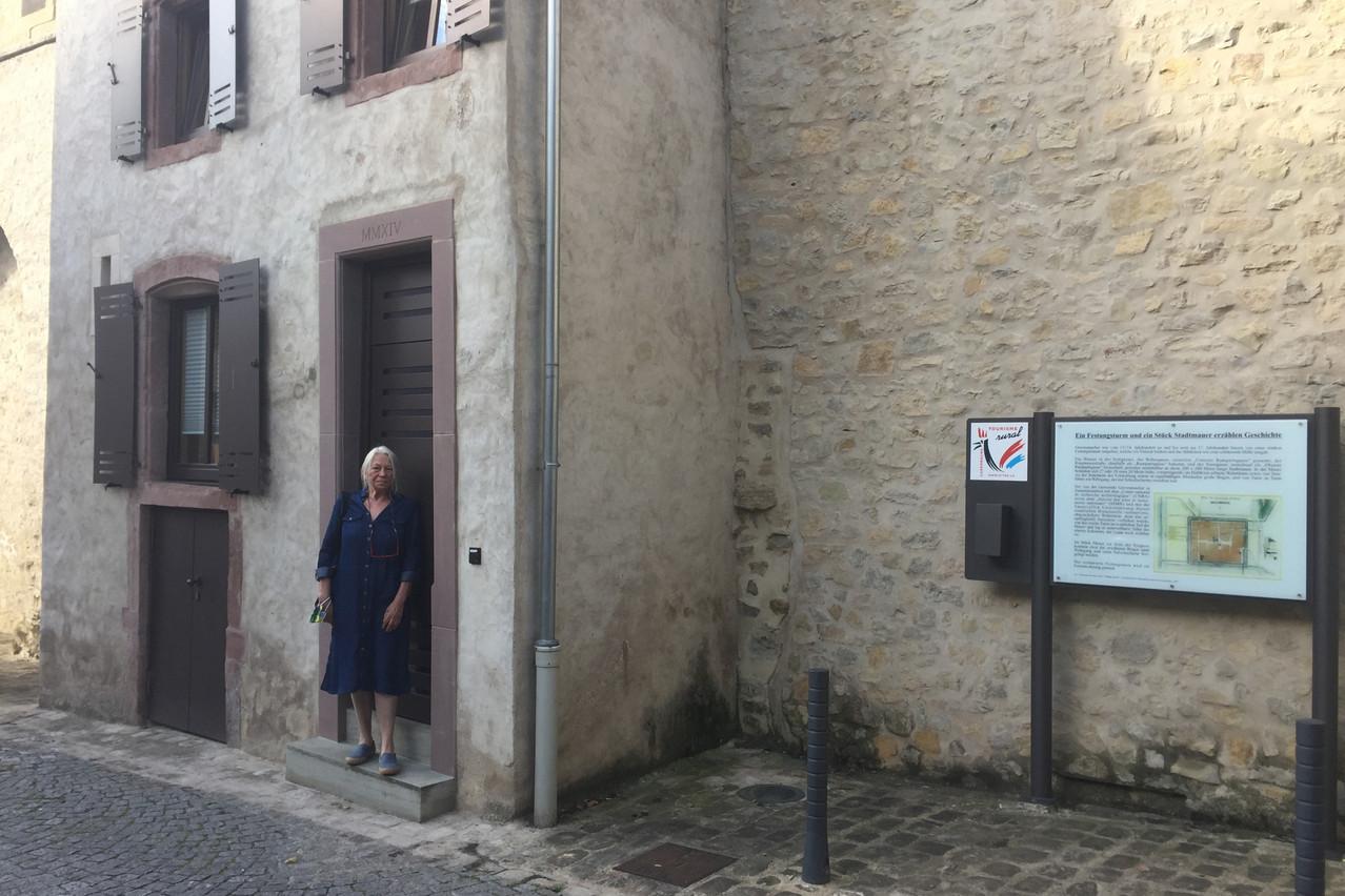 Kitty Schiffmann, présidente du Syndicat d'initiative et de tourisme de Grevenmacher, nous fait visiter un gîte pas comme les autres. (Photo: Syndicat d'initiative et de tourisme de Grevenmacher)