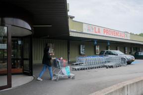 Pour faire leurs achats à La Provençale, les particuliers doivent acheter une carte client remboursable sous condition. ((Photo: Matic Zorman/Maison Moderne))